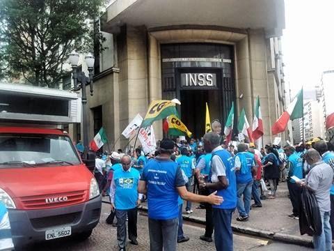 Ato no centro de São Paulo contra as reformas 2
