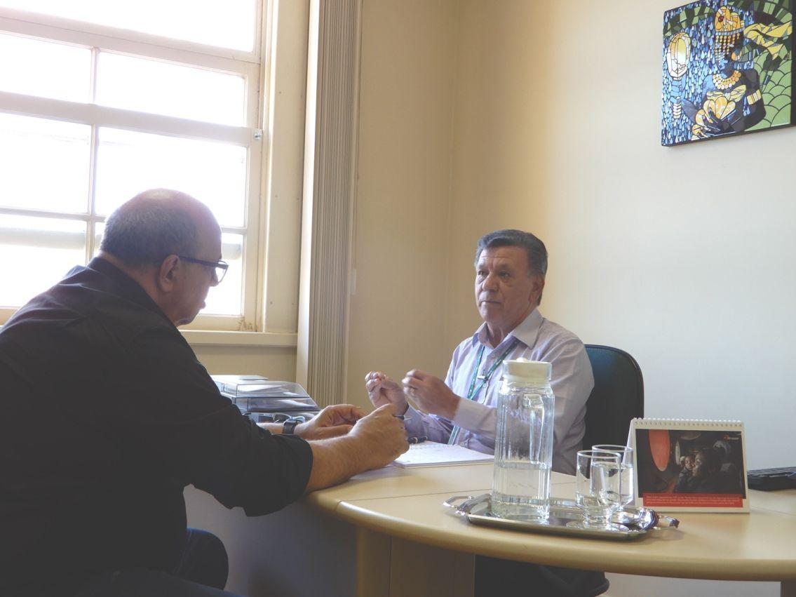 João Izidro, presidente da AEA, fala pelos eletricitários aposentados