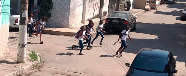 Operação deixa oito mortos no conjunto de favelas da Maré, na Zona Norte do Rio