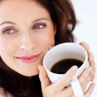 621_mulher-cafe-1-250x250.jpg