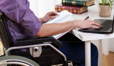 Decreto de Temer fecha portas de concursos a pessoas com deficiência