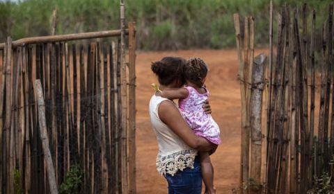 Agrotóxicos atingem escolas e envenenam crianças