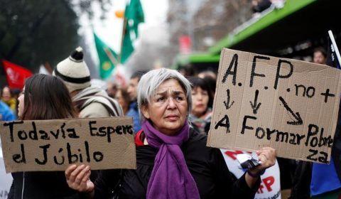 Previdência: capitalização gerou miséria e suicídios no Chile