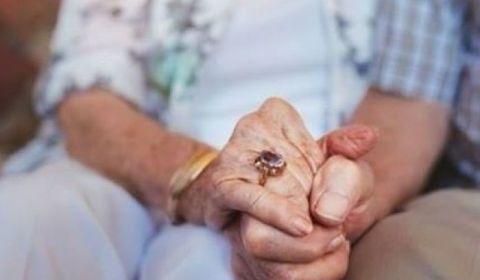 Mulheres, viúvos e órfãos podem ter aposentadorias e pensões reduzidas