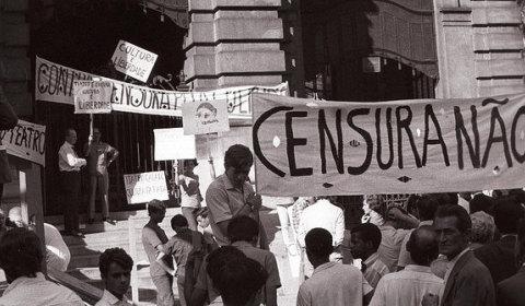 Jornal Brasil de Fato se pronuncia sobre apreensão de jornais e ataque à imprensa livre