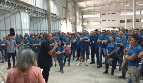 Trabalhadores da Adient conquistam aumento real e barram reforma trabalhista