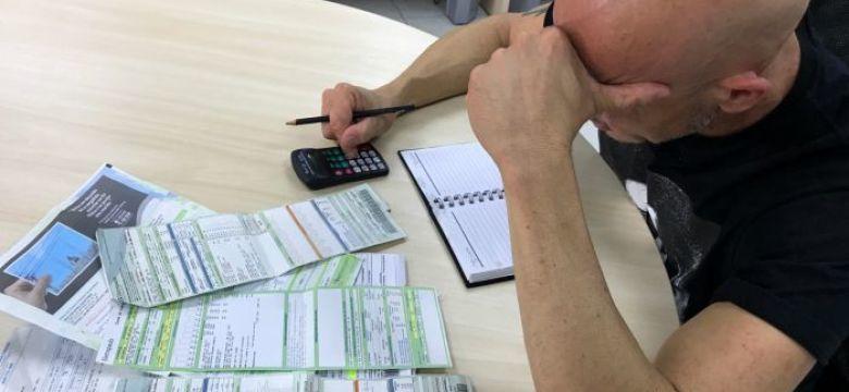 Endividamento sobe novamente e atinge 63,4% das famílias