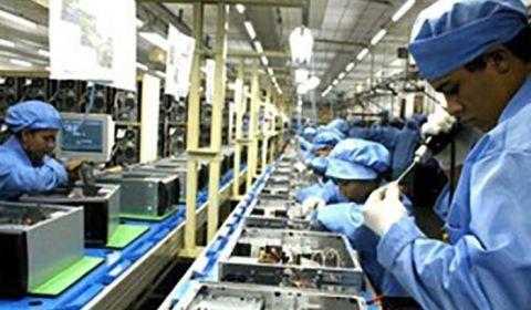 CNI enfim reconhece: queda do emprego e da renda prejudica a economia