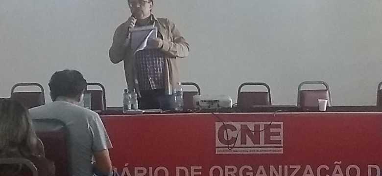 Sindieletro presente em seminário para organizar a luta contra a privatização