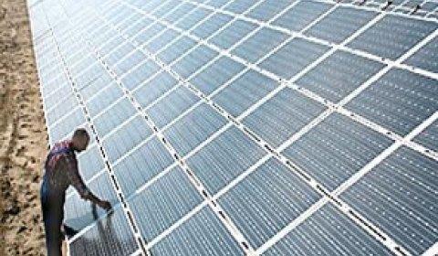 Cemig quer comprar usinas eólicas e solares em contratos de 20 anos