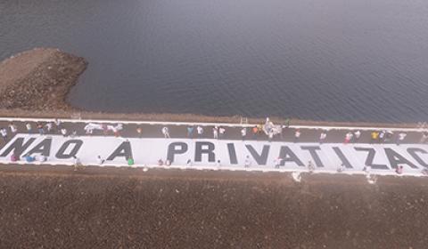 Brasileiro rejeita privatizações