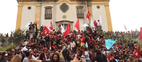 Ato em Ouro Preto 21 de abril