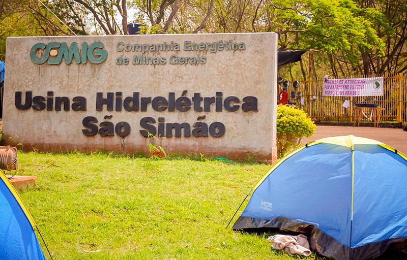 acampamento-na-usina-de-sao-simao