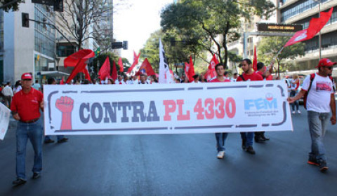 Após pressão, negociação do PL da terceirização recomeça
