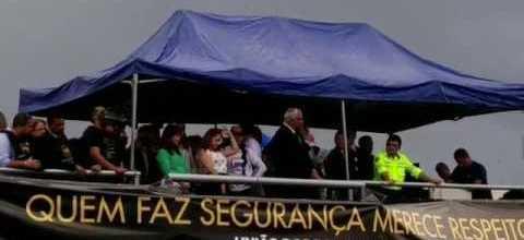 Manifestação da UPB em Brasília, 08/02/2017, com a fala do Dep. Federal Ademir Camilo