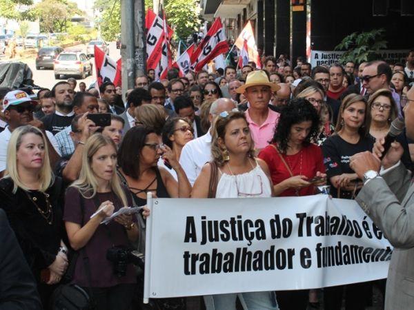 21.01.19 - Ato público em defesa da Justiça do Trabalho