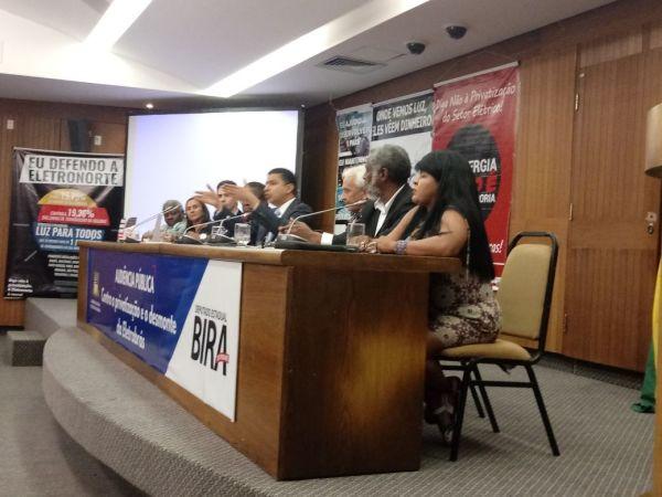 Matéria da Tv assembleia sobre a audiência pública contra a privatização