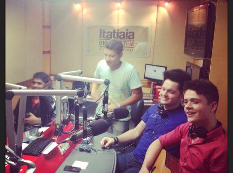 Radio Itatiaia - Programa Noite Livre
