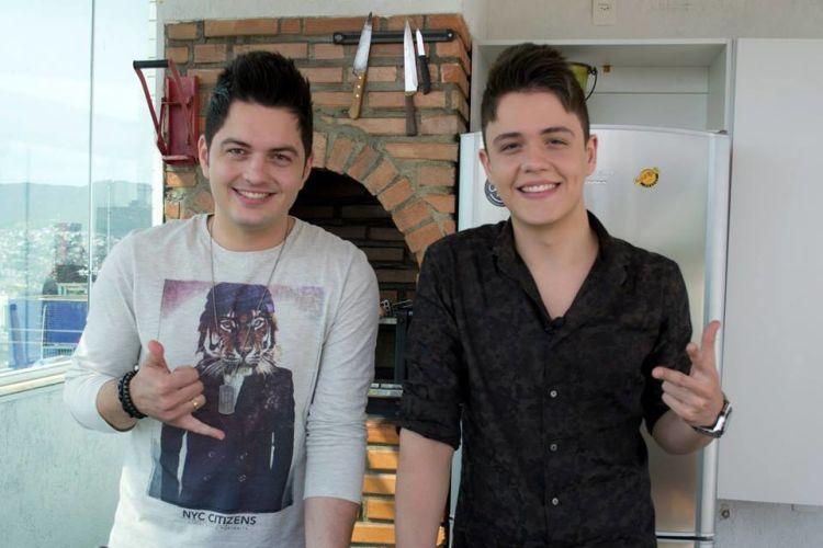 """Vitor e Guilherme no programa """"Gourmet Persona"""""""