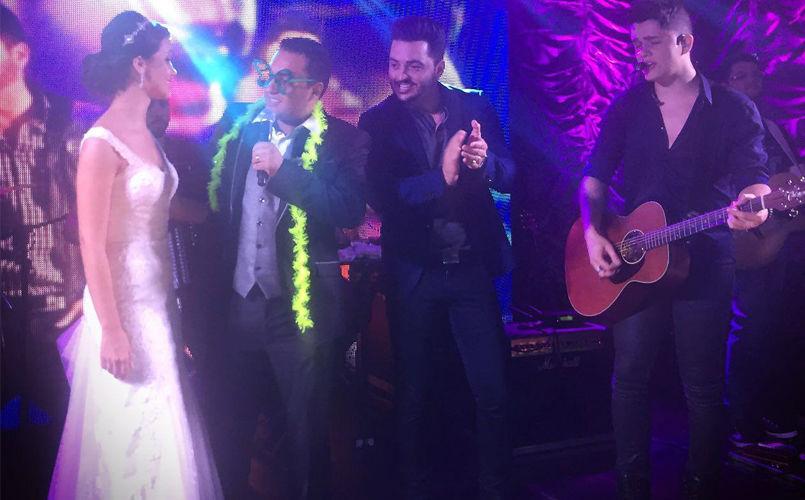 Vitor e Guilherme fazem show de casamento