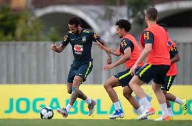 Durante os treinamentos da Seleção, Neymar esteve mais comedido (Foto: Lucas Figueiredo/CBF)