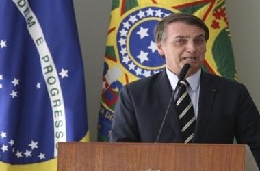 Bolsonaro diz que o governo concluiu 95% das 35 metas estipuladas em janeiro deste ano para os 100 primeiros dias. Parlamentares têm visão diferente. Foto: Evaristo Sá / AFP