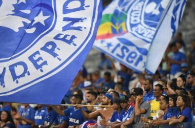 Torcida do Cruzeiro vai comparecer em grande número ao duelo de quarta-feira Foto: Ramon Bittecourt
