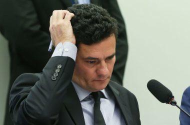 Moro terá que pedir ao Panamá dados sobre empresa sócio de Flávio Bolsonaro