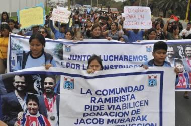 Mobilização na segunda-feira na cidade de Moche para exigir das autoridades que permitam a ajuda de um filantropo do Barein.