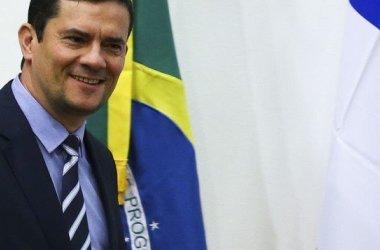 Moro, que grampeou Dilma, diz que invasão a seu celular é crime 'contra a segurança nacional'