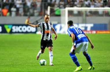 Patric ressaltou união do grupo e agradeceu apoio do torcedor a todos os jogadores (Foto: Ramon Lisboa/EM/D. A Press)