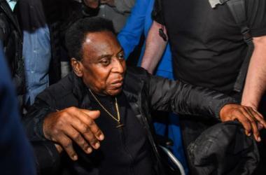 Pelé desembarcou no Brasil na última terça-feira e já foi direto ao Albert Einstein /