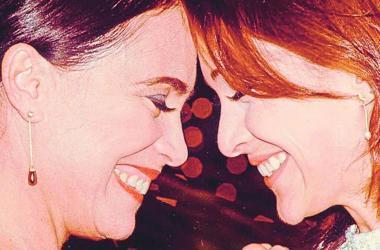 Mãe e filha. Regina e Gabriela Duarte atuam juntas na trama Foto: Rede Globo/divulgação