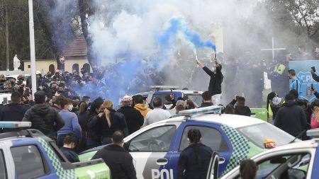 A pandemia empodera as Forças Armadas e policiais na América Latina