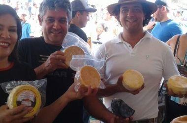 Gestão partilhada tem aumentado o interesse dos produtores pela certificação do queijo / Divulgação/Emater-MG