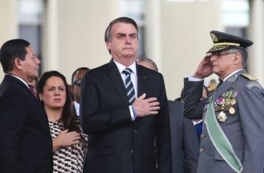 Antonio Cruz/Agência Brasil / O presidente Jair Bolsonaro durante cerimônia em comemoração ao Dia do Exército Brasileiro