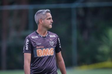 Rodrigo Santana é o técnico interino do Atlético Foto: Bruno Cantini/Atlético