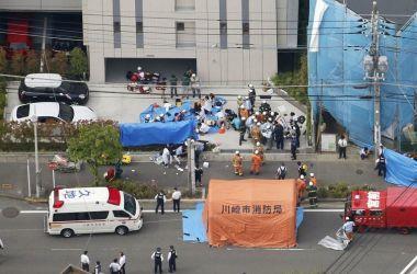 O agressor chegou a ser detido nas proximidades do local do crime, mas feriu-se com as facas e morreu posteriormente - Kyodo/via REUTERS