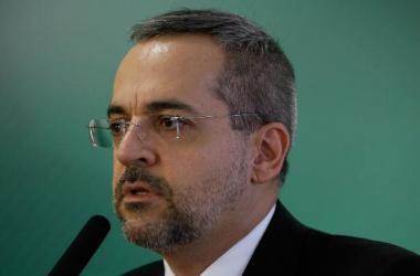 O ministro ainda defende tirar Bolsa Família de aluno agressor / Foto: Carolina Antunes/PR