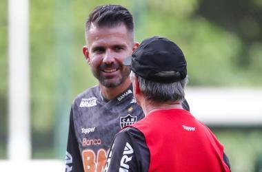 Victor chegará a 400 jogos pelo Galo no domingo; Levir tem 317 no comando da equipe Foto: Bruno Cantini/Atlético