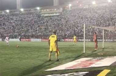 Victor Ferraz perdeu pênalti para o Santos, e viu Corinthians ir à decisão do Paulista (Foto: Reprodução/Twitter Corinthians)