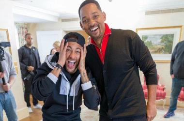 Neymar recebe visita surpresa de Will Smith em Paris e fica em choque