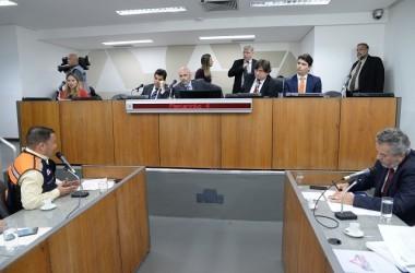 Representantes da Defesa Civil lembraram que não houve, por parte da Vale, qualquer informação de elevação do nível de risco da barragem que se rompeu - Foto: Guilherme Dardanhan