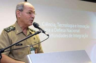 Presidente dos Correios anuncia demissão no Twitter e envia carta a funcionários