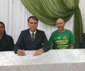 Bolsonaro reafirma que não cobrará impostos de igrejas e comenta possível eleição de Kirchner na Argentina