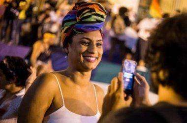 Marielle Franco é homenageada em segunda noite de desfiles no Rio