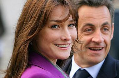 Em meio a negociações sobre aviação militar, Sarkozy participa do 7 de setembro no Brasil