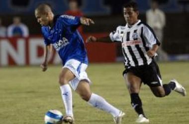 Cruzeiro é humilhado no Engenhão