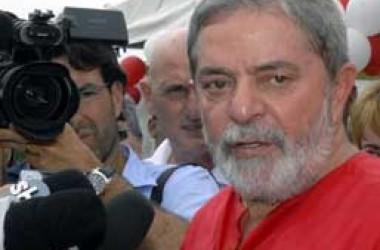 Bajuladores querem mais um mandato para Lula