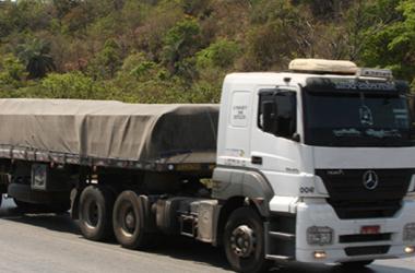 Veículos de grande porte terão tráfego restrito neste fim de ano em Minas Gerais
